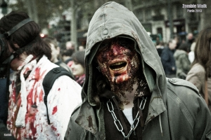 Zombie walk paris 2013